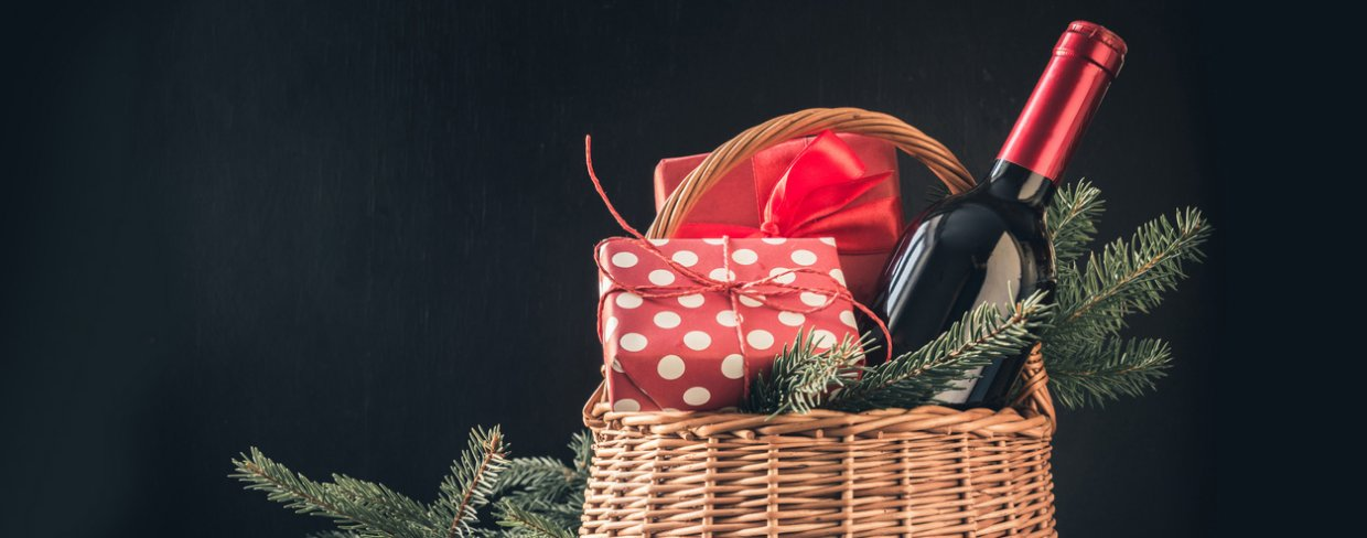 Holiday gift basket for employee appreciation